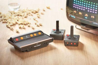 Atari spillekonsol med 101 indbyggede spil
